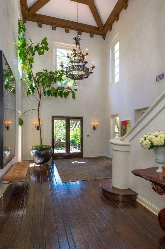 entry hall decor ideas_ Cornices